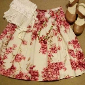 Ann Taylor Floral Print Skirt Size 4